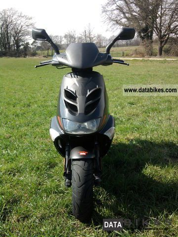 Aprilia  Sr50 (CARB) Inspect. NEW with calc 2005 Scooter photo