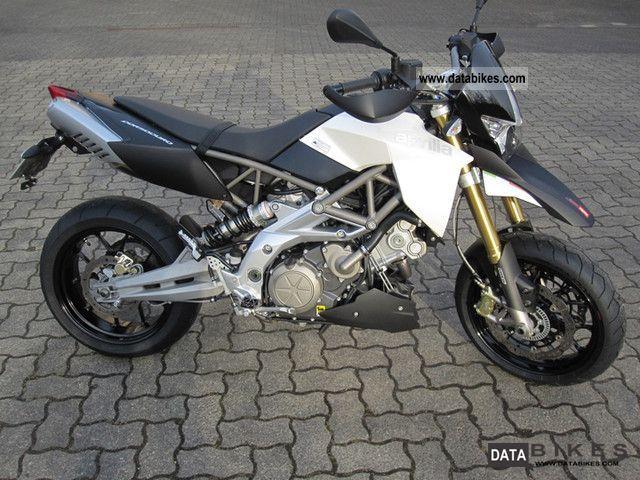2009 Aprilia  Dorsoduro 750 Motorcycle Super Moto photo