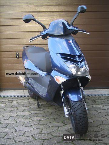 2001 Aprilia  leonardo Motorcycle Scooter photo