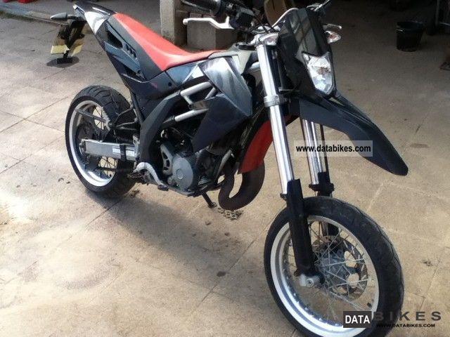 2008 Aprilia  SX 125 Motorcycle Super Moto photo