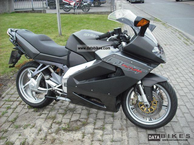 Aprilia  RST 1000 Futura 2004 Sport Touring Motorcycles photo
