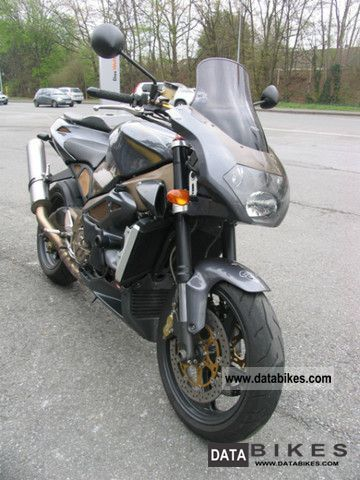 2004 Aprilia  RSV 1000 Tuono Motorcycle Naked Bike photo