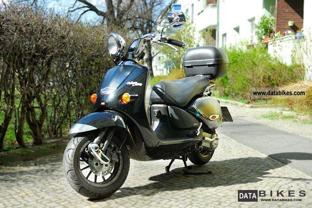 2002 Aprilia  Habana Custom 125 Motorcycle Scooter photo