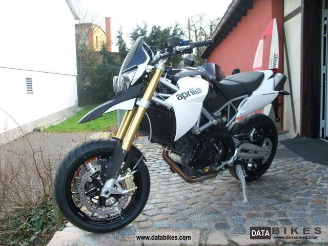 2011 Aprilia  DORSODURO SMV 750 750 2011 Motorcycle Motorcycle photo