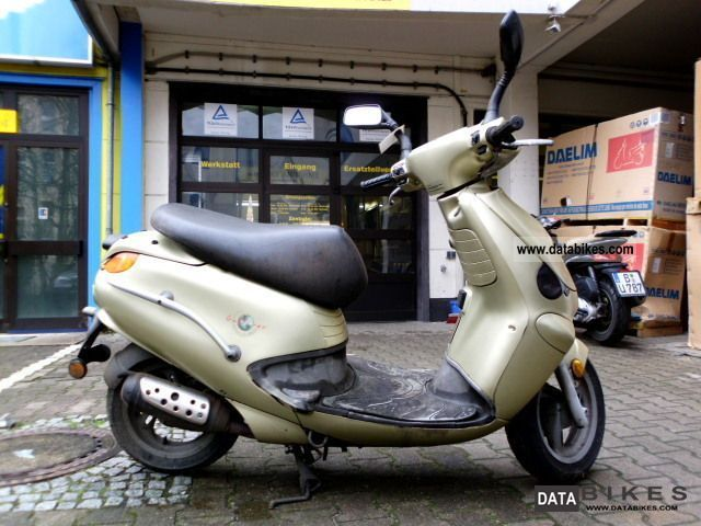 2001 Aprilia  Gulliver delivery nationwide Motorcycle Scooter photo