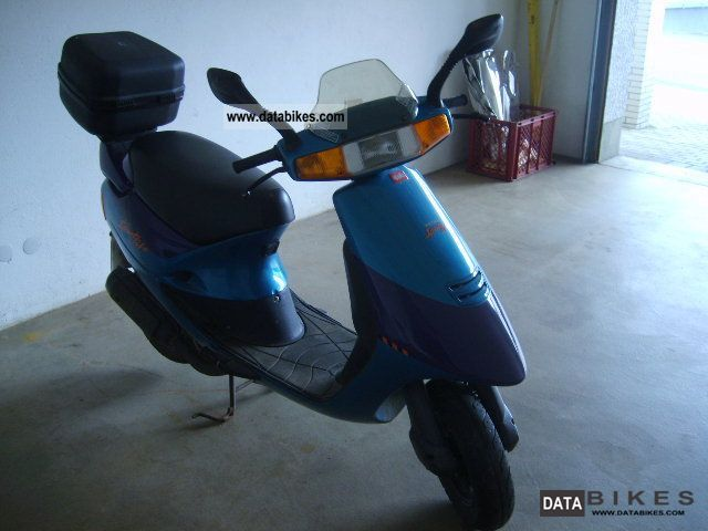 1994 Aprilia  Amico 50 Motorcycle Scooter photo