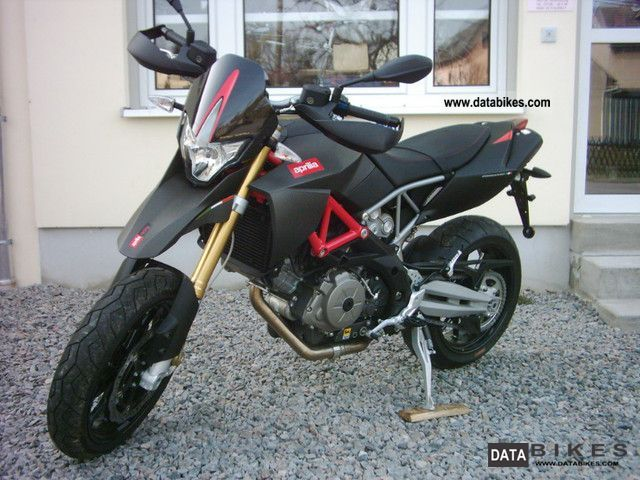 2011 Aprilia  SMV Dorsoduro 750 Factory 2011 NEW Carbon Motorcycle Super Moto photo