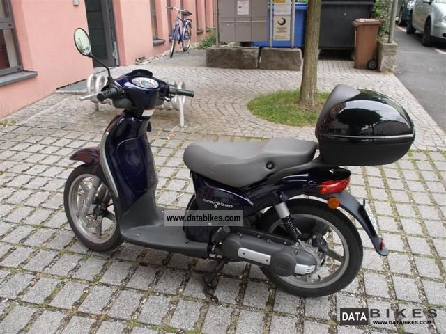 Aprilia  Scarabeo ditech. 50 2003 Motor-assisted Bicycle/Small Moped photo