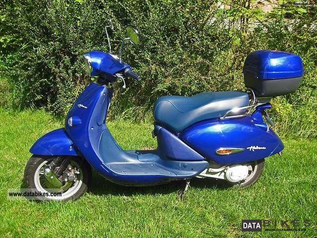 2002 Aprilia  Habana 50 Motorcycle Scooter photo