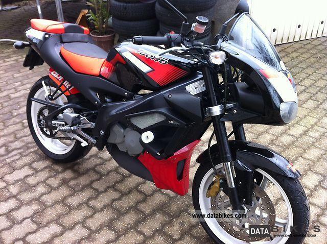 Aprilia  RS 125 Tuono 11KW (22KW) 2005 Lightweight Motorcycle/Motorbike photo