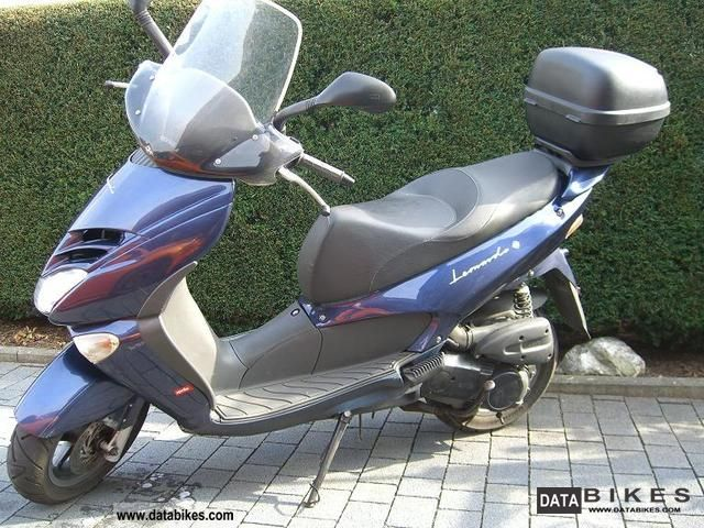 2002 Aprilia  Leonardo SR125 Motorcycle Lightweight Motorcycle/Motorbike photo