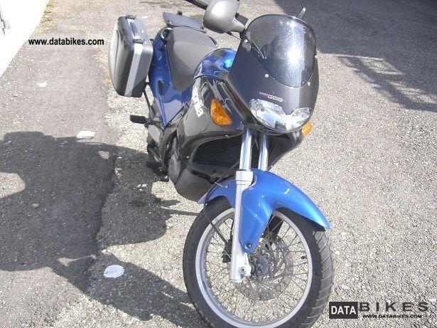 2002 Aprilia  Pegaso Motorcycle Enduro/Touring Enduro photo