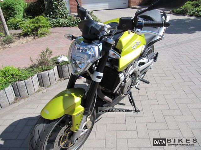 2009 Aprilia  Shiver SL 750 ABS Motorcycle Naked Bike photo