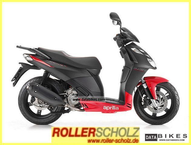 2011 Aprilia  Sportcity 300 Cube Blackline Motorcycle Scooter photo