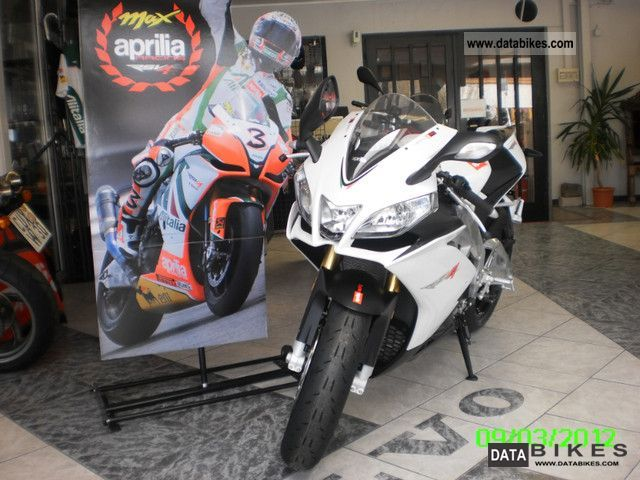 Aprilia  RSV 4 R APRC 2011 Sports/Super Sports Bike photo