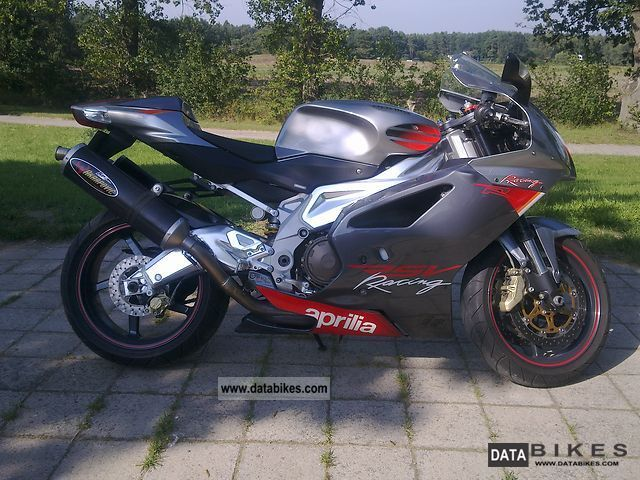 2004 Aprilia  RSV1000R Motorcycle Sports/Super Sports Bike photo