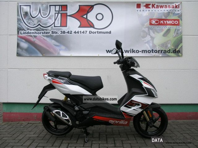 2011 Aprilia  SR50R Model 2012 Motorcycle Scooter photo