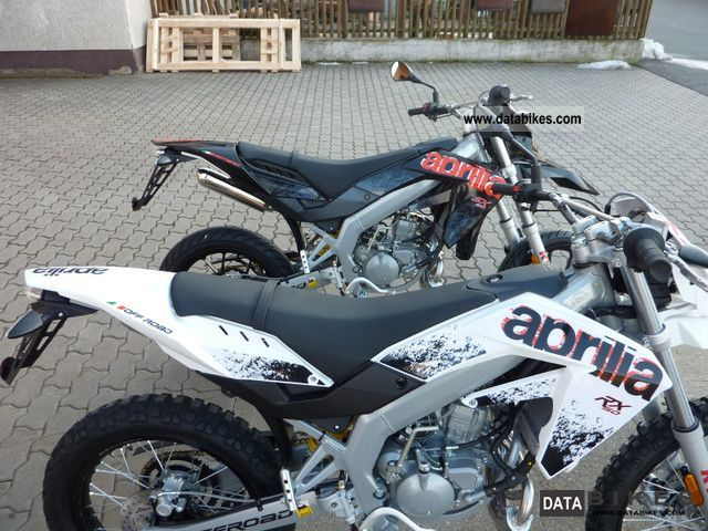 2011 Aprilia  RX SX 50 in stock Model 2012!!! Motorcycle Lightweight Motorcycle/Motorbike photo