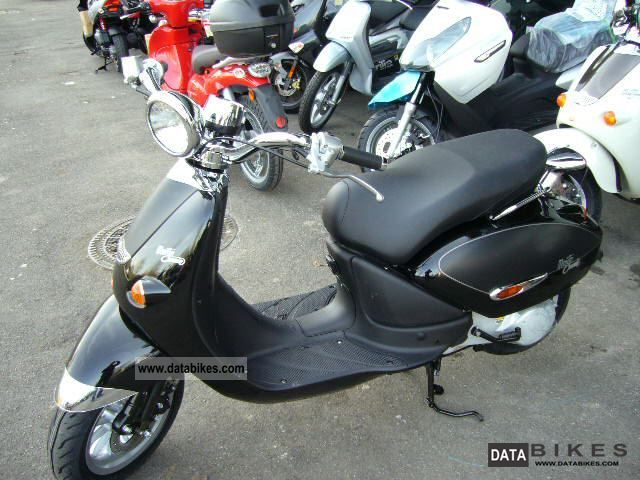 2011 aprilia mojito custom 50 to bargain price. Black Bedroom Furniture Sets. Home Design Ideas