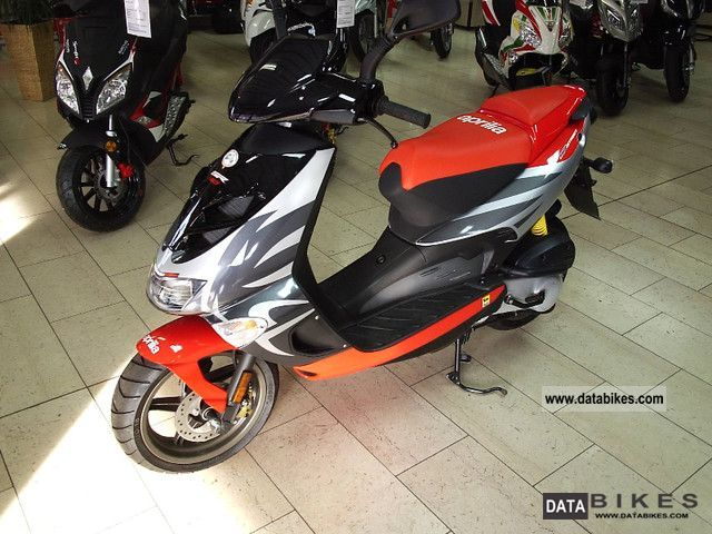 2011 Aprilia  SR 50 Street SPECIAL PRICE!!! Motorcycle Scooter photo