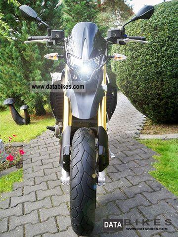 2010 Aprilia  NEW Dorsoduro almost only 880km Motorcycle Super Moto photo