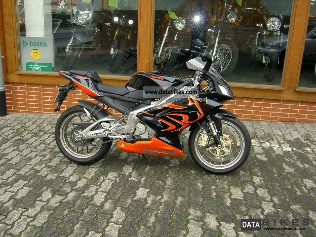 2009 Aprilia  RS 125 80 Km / h 2-stroke Motorcycle Lightweight Motorcycle/Motorbike photo