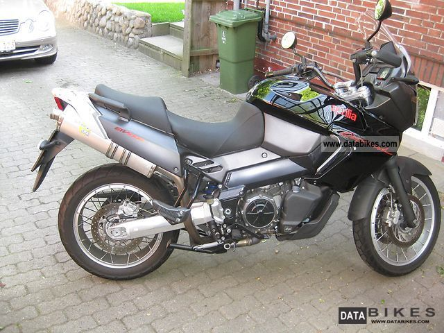 2007 aprilia etv 1000 caponord abs firsthand. Black Bedroom Furniture Sets. Home Design Ideas