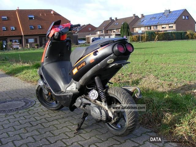 2004 Aprilia  SR 50 Racing moped with papers Motorcycle Scooter photo