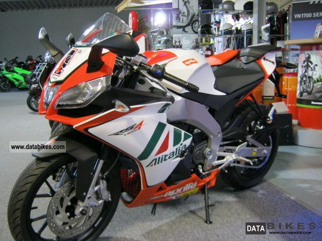 2011 Aprilia  Biaggi Replica RS4 80 km / h Motorcycle Sports/Super Sports Bike photo
