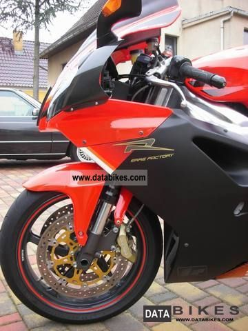 2004 Aprilia  RSV1000R Mille (Factory) 1000 R Rsv HIGHLIGHT Motorcycle Sports/Super Sports Bike photo