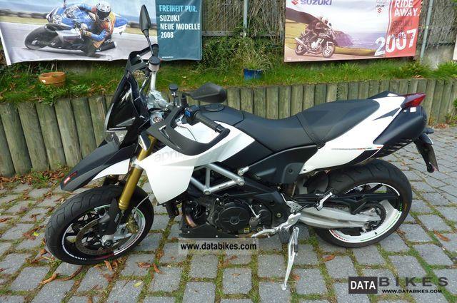 2011 Aprilia  SMV Dorsoduro 1200 ATC Motorcycle Super Moto photo