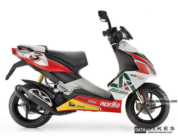 2011 Aprilia  SR 50 R Replica Alitalia no1 with start Motorcycle Scooter photo