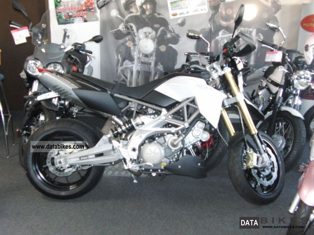 2011 Aprilia  SMV 750 Dorsoduro ABS-0, 00% finance. - EINZELSTK. Motorcycle Super Moto photo