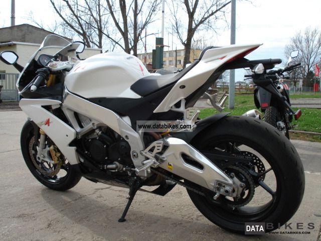2011 Aprilia  RSV4 R APRC in white or black Motorcycle Sports/Super Sports Bike photo