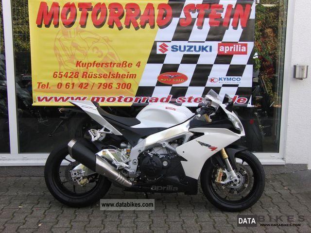 2011 Aprilia  RSV 4 R APRC - Presenter Motorcycle Sports/Super Sports Bike photo