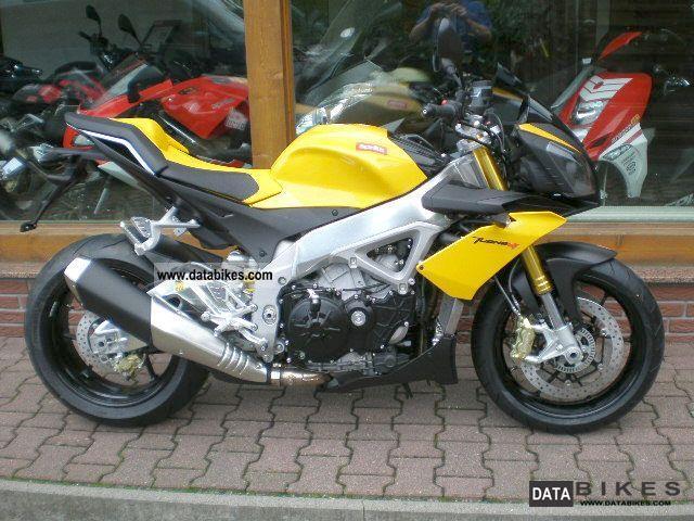 2011 Aprilia  Tuono V4 R / APRC / RSV4 instantly 0.0% eff Motorcycle Streetfighter photo