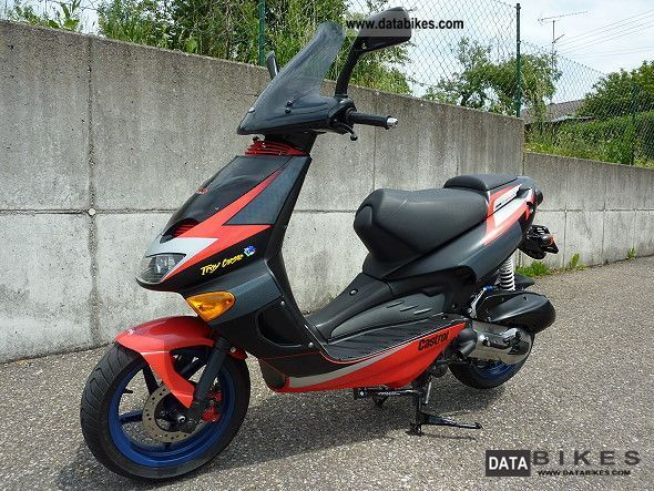 2001 Aprilia  SR 125, 180cc kit is included. Motorcycle Scooter photo