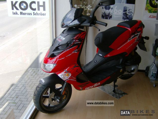 2011 Aprilia  SR 50 Street Model 2012, all colors Motorcycle Scooter photo