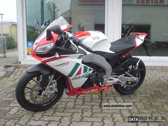 2011 Aprilia  125 SBK Replica RS4 (dt from dealer!) Motorcycle Lightweight Motorcycle/Motorbike photo