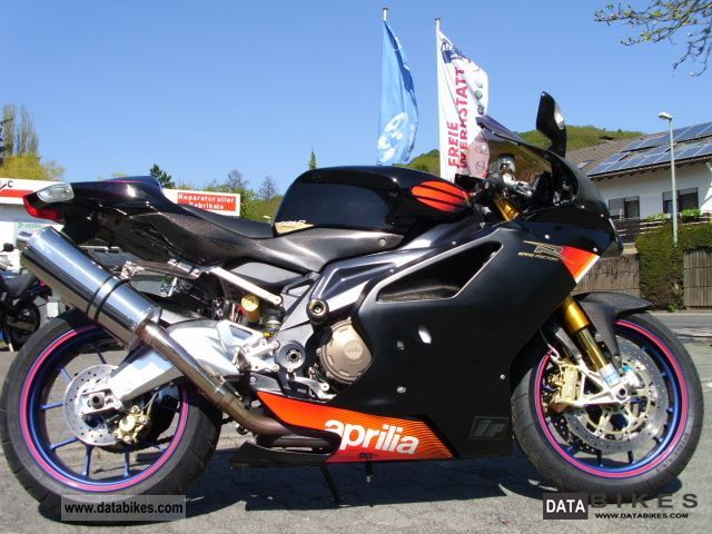 Aprilia  RSV 1000 R Factory N. Haga / C. Edwards 2004 Sports/Super Sports Bike photo
