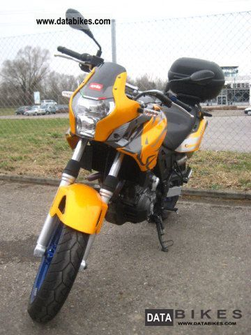 2010 Aprilia  Pegaso 650 Strada Motorcycle Sports/Super Sports Bike photo