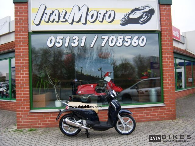 2011 Aprilia  Scarabeo 125 i.e delivery nationwide for 130, - Motorcycle Scooter photo