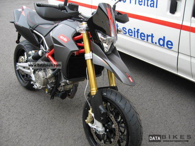 2011 Aprilia  Dorsoduro 750 ABS Factory with Arrow Motorcycle Motorcycle photo