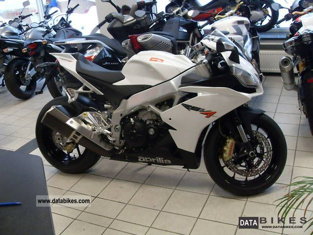 2011 Aprilia  RSV 4 is not a gray import Motorcycle Sports/Super Sports Bike photo