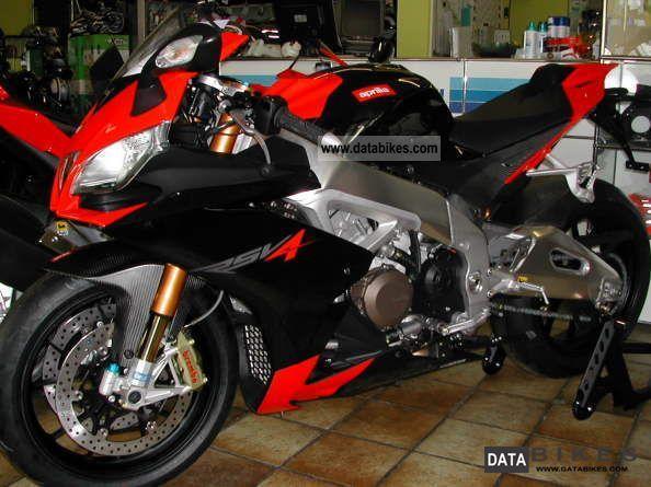 2011 Aprilia  New vehicle RSV4 Factory Motorcycle Sports/Super Sports Bike photo
