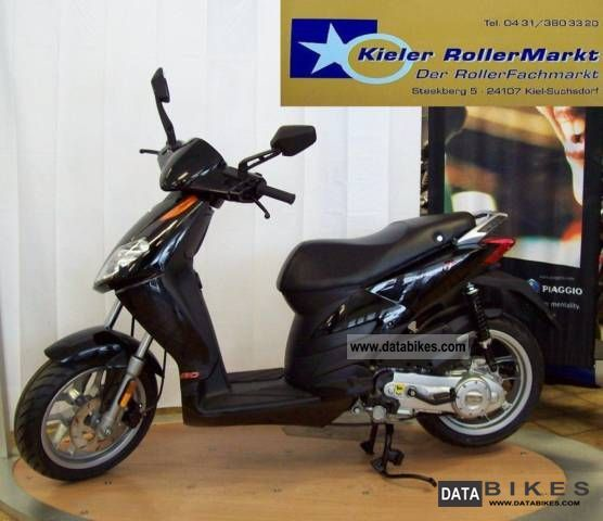 2011 Aprilia  Sports City 50 One 2-clock cash price * on request * Motorcycle Scooter photo