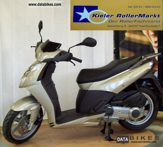 2011 Aprilia  Sport City 125/300 * Cube * cash price on request Motorcycle Scooter photo