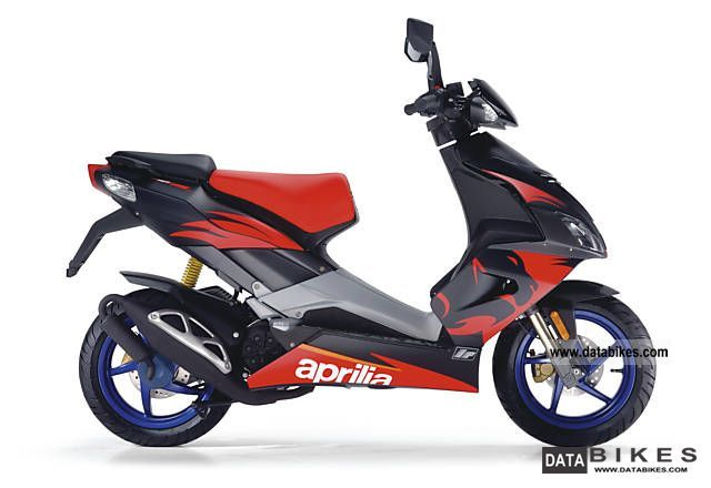 2011 Aprilia  SR 50 R Factory Neuf-0, 00% Finanz. SMILEY PRICE Motorcycle Scooter photo