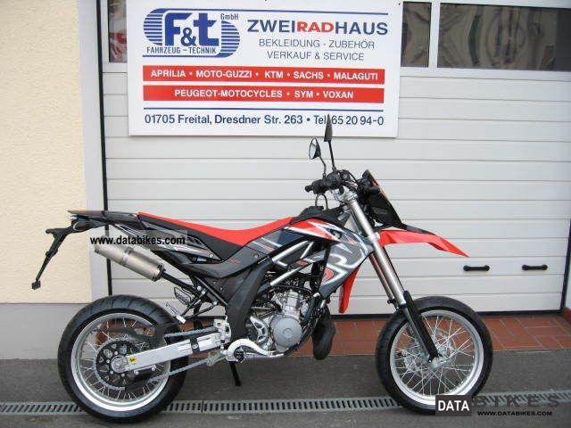 2011 Aprilia  SX125 Motorcycle Lightweight Motorcycle/Motorbike photo