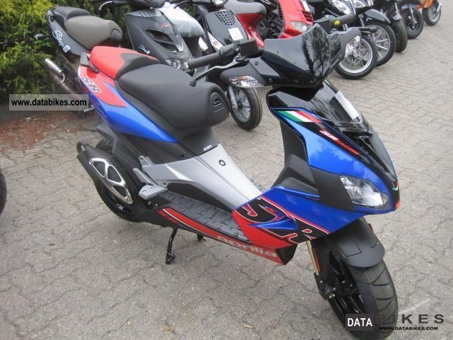 2011 aprilia sr 50 r factory ditech 2011 delivery nationwide. Black Bedroom Furniture Sets. Home Design Ideas